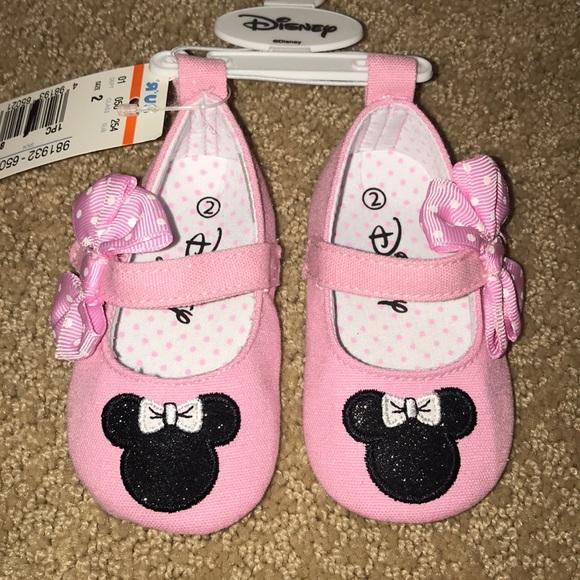 98d00184fb0bd Disney Minnie Mouse Infant Shoes - Size 2 NWT
